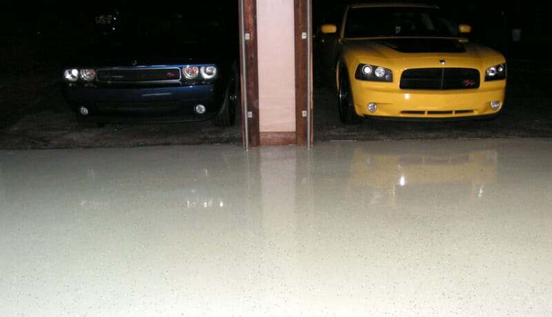 RockSolid polycuramine garage floor coating