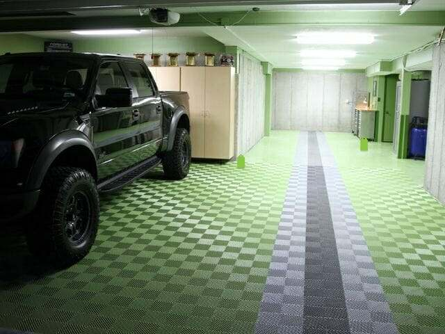Green interlocking garage floor tile