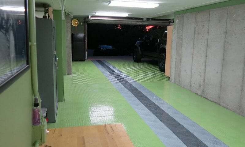 Green interlocking garage floor tile option