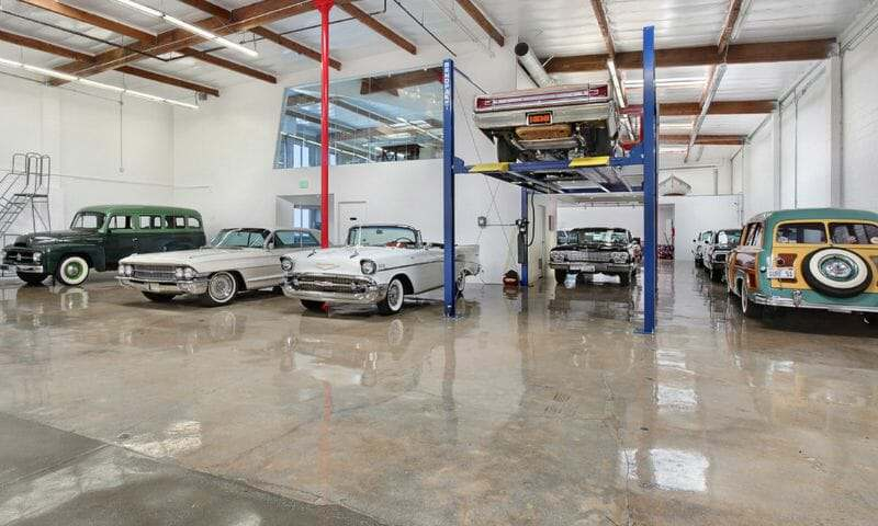 Clear epoxy garage floor coating with polyurethane top coat