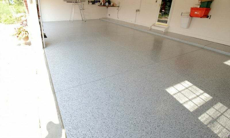 DIY garage floor epoxy coating