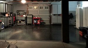 g-floor-roll-out-garage-floor-mat-black-diamond