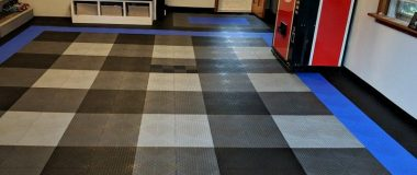 TrueLock-HD-Extreme-Coin-garage-floor-tile-installed