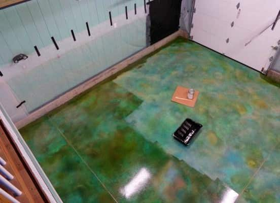 spgx-clear-coat-acid-stain-garage-floor